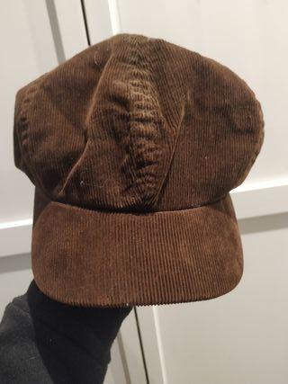gorra de pana marron H&M