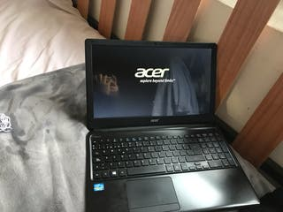 Ordenador portátil Acer E1 series Windows 8