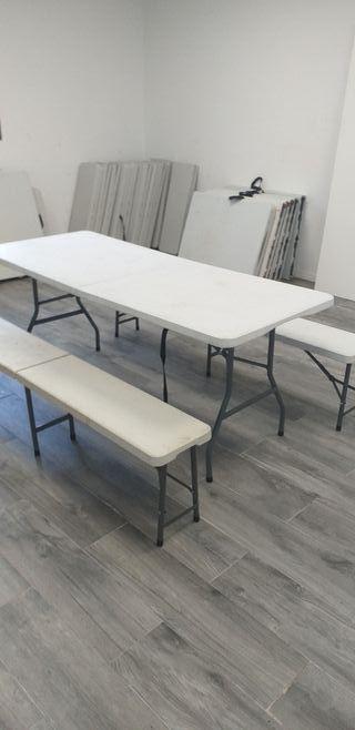 mesa y bancos pegables