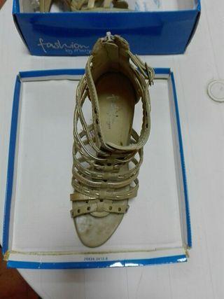 sandalias tierra/bronce