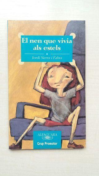 Libro El nen que vivia als estels. Jordi Sierra i