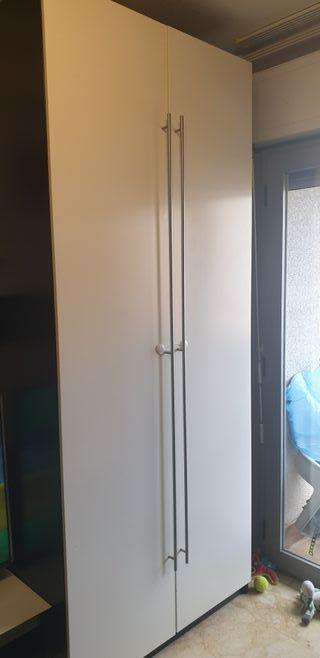 armario wengue y blanco