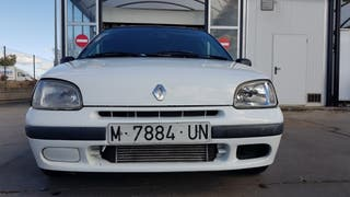 Renault Clio 1.7 Turbo 96