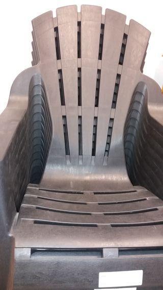 20. sillas de plástico nuevas