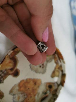 anillo y charms