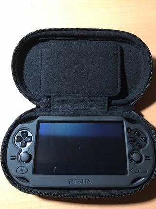 PS Vita + Funda de silicona y de viaje Gratis