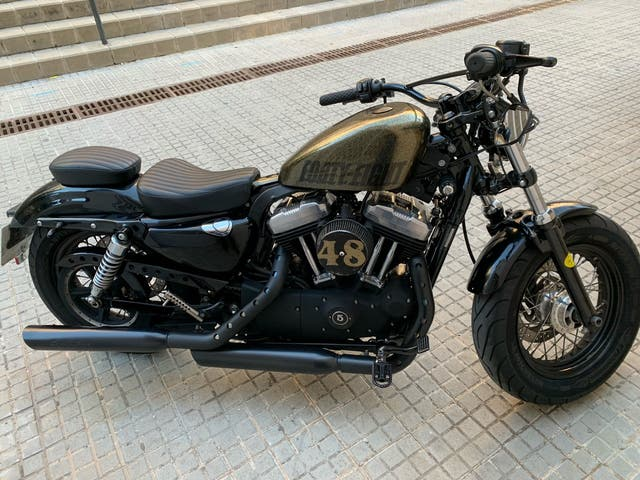Harley Forty eight 1200 año 2010 con 14300 km