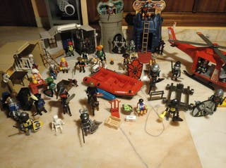 Colección de Playmobil y maletín