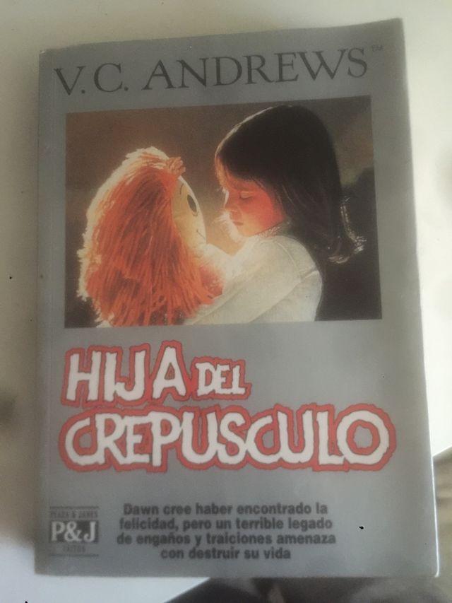 """Libro """"Hija del crepusculo"""""""