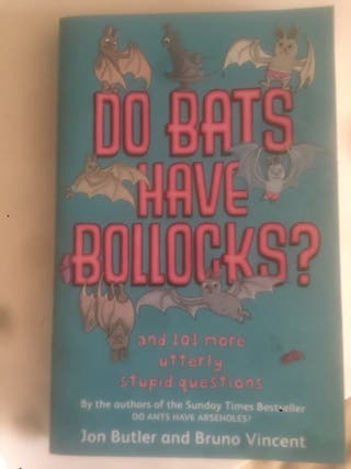 "Libro ""Do bats have bollocks?"""