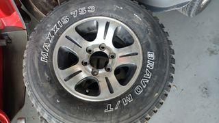 llantas y Ruedas 4x4 Nissan Patrol 235,75,15