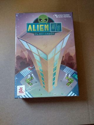 Alien 51: El ascensor. Juego de mesa.
