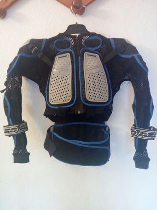 Protecció motocross regulable