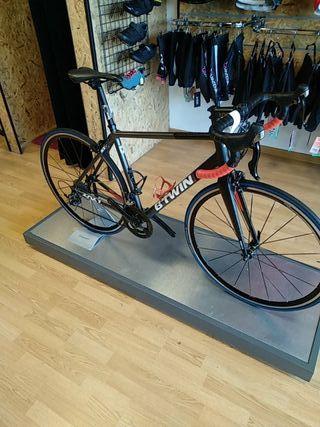 bicicleta de carretera btwin t. m