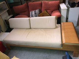 Sofás, esquineros y futones