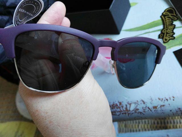 Gafas de sol Hawkers modelo Burgundy