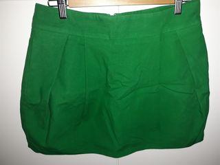 Minifalda verde, zara trafaluc, talla M-42