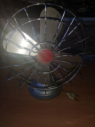Ventilador antiguo NUMAX 125 V.