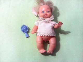Muñeca cositas de la casa bb