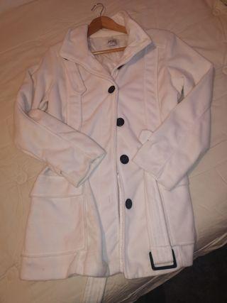 abrigo tipo chaqueta blanca talla 42/44