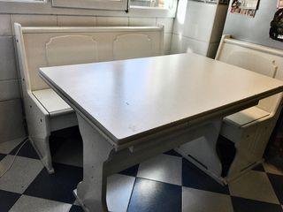 Mesa y banco de cocina