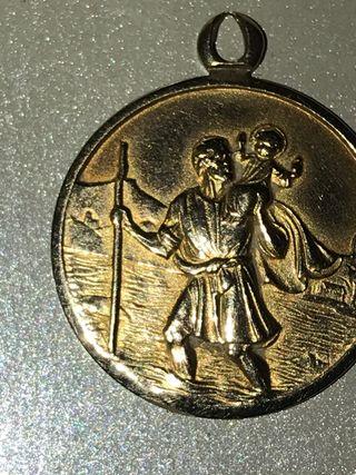 Collar medalla san Cristóbal de oro de 18 k