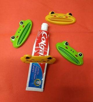 Vacía pasta de dientes o pomadas