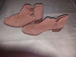 mini botas