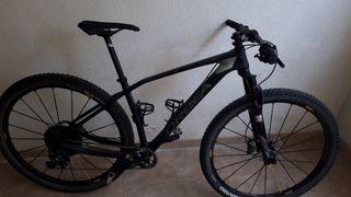 Bicicleta carbono 29 btt