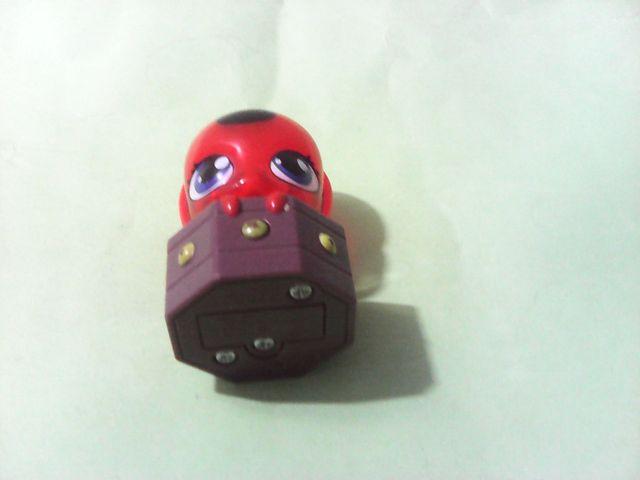 Ladybug akuma de tikki con luz