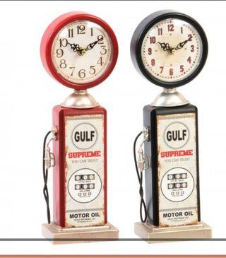 Reloj metálico surtidor gasolina