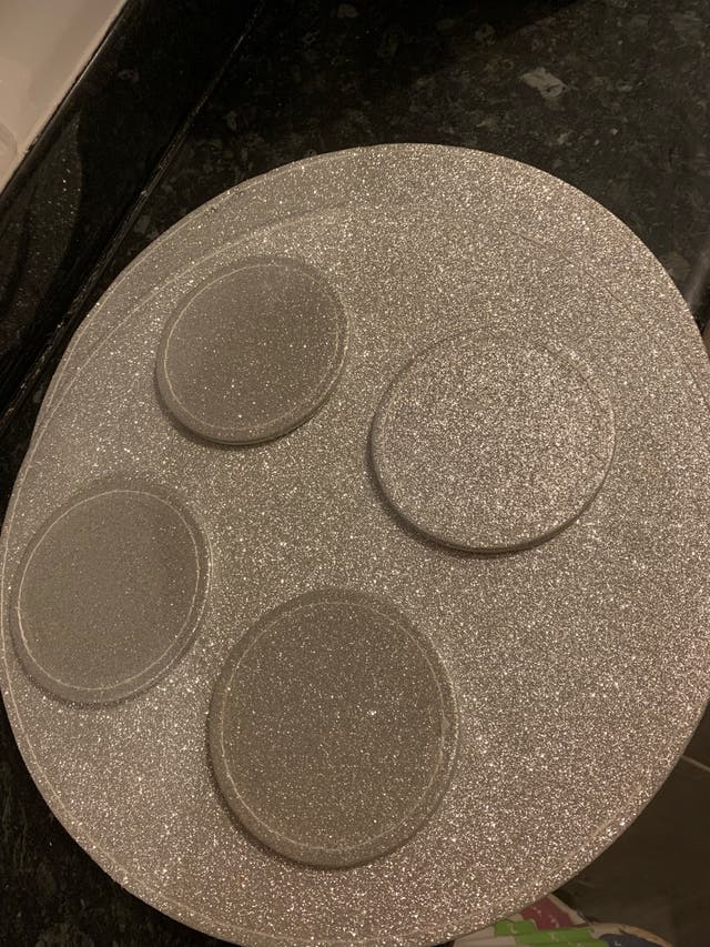 Glitter placemats x2 and coasters x4
