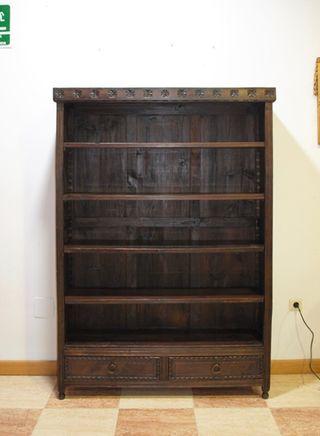 Antigua estantería librería