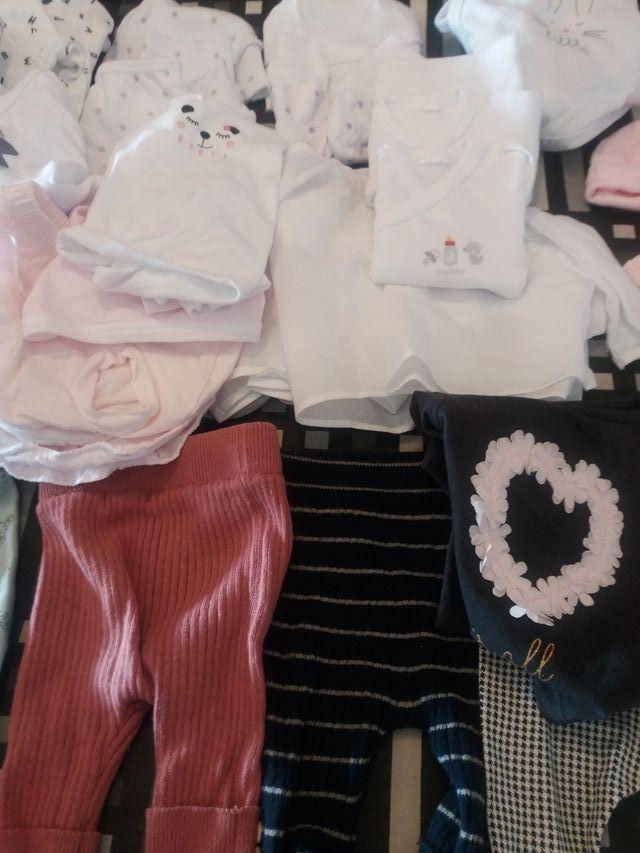 Lote ropa bebé primera puesta 0 y 1 mes