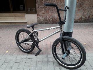 Bicicleta Bmx montada a piezas