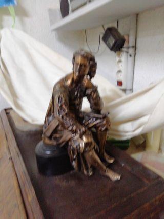 escultura en calamina.