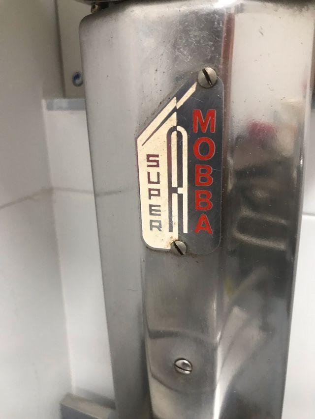 Báscula antigua Súper Mobba