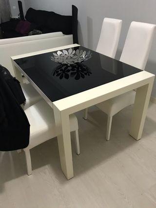 Conjunto de mesas de salon
