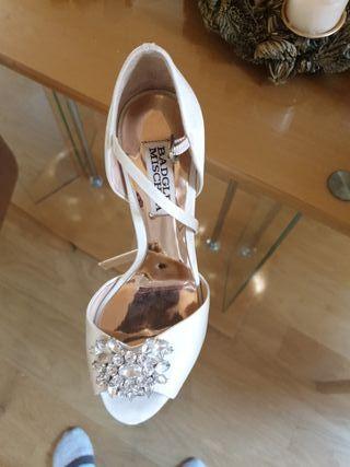 Sandalias de novia. Mischka Badgley 36-37