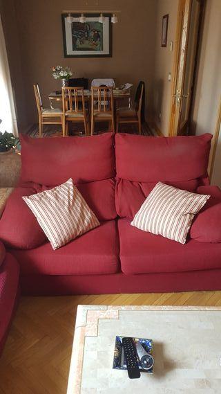 Se venden sofás en perfecto estado por cambio casa