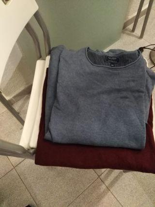 lote de chalecos, camisas y pantalón