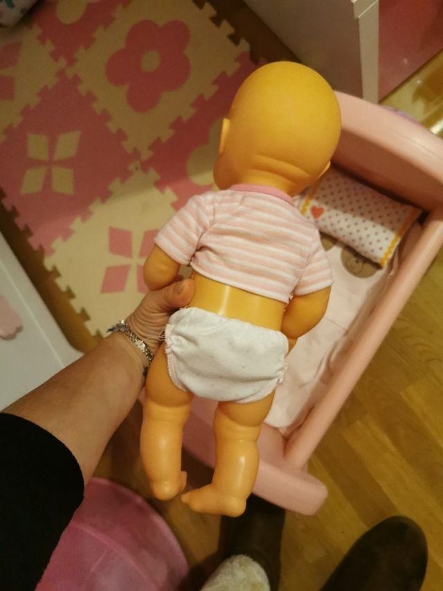 cuna y bebé nenuco
