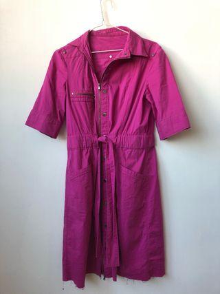 mono/vestido rosa
