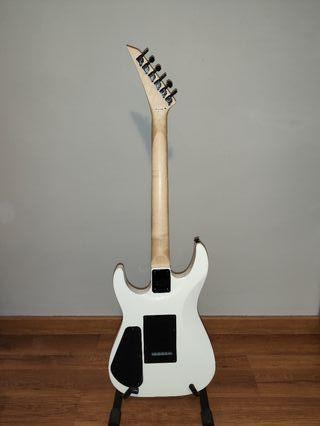 Guitarra jackson + Amplificador fender