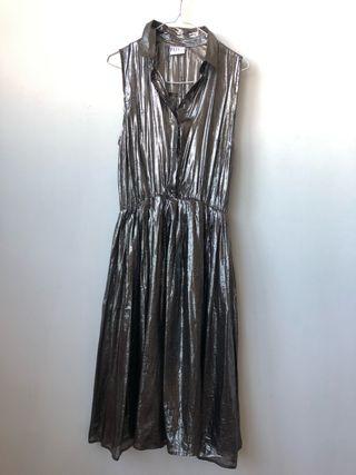 vestido de noche metálico