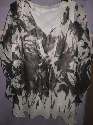 Blusa de gasa estampada en beig