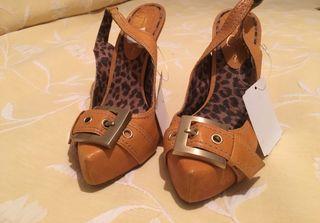Jessica Simpson zapatos - sandalia tacón NUEVOS
