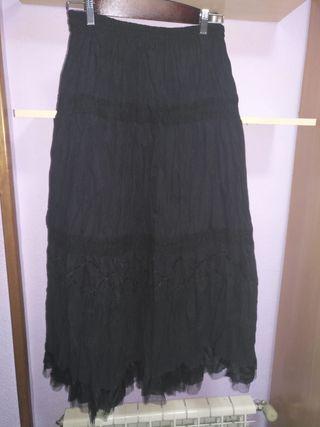 Falda negra larga. Talla XL