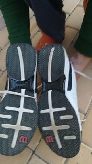 calzado de tenis