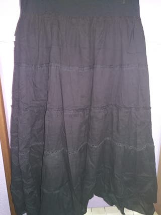 Falda negra larga. Talla XXL